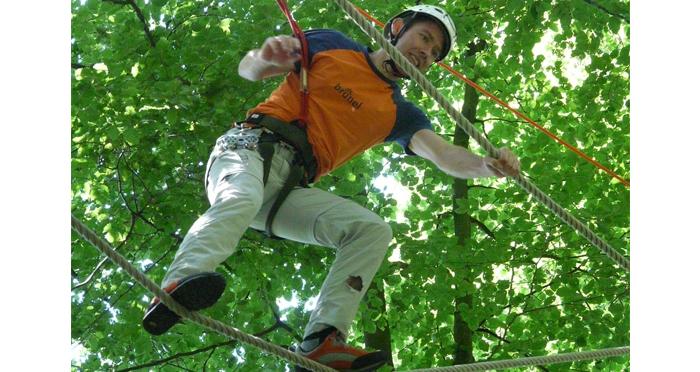 Outdoor Team Building Activities Cascade Business News