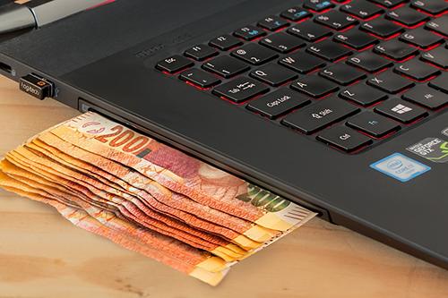 laptop-money